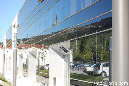 360 euros oficina en pamplona iru a en alquiler for Alquiler oficinas pamplona