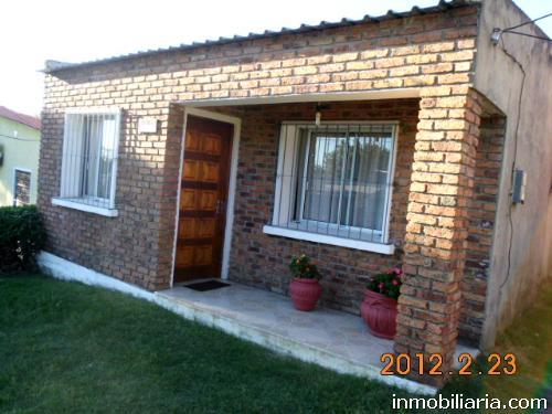 casa a la venta en salto uruguay
