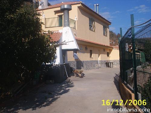 500 Euros Casa De Campo En Málaga Capital En Alquiler La Fresneda
