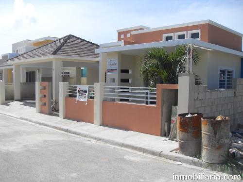 Casa en La Romana, 4 dormitorios, 320 m2, 3 baños