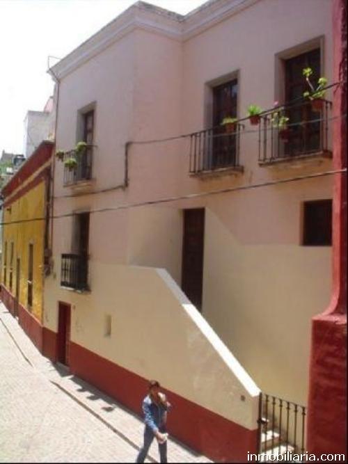 Pesos mexicanos casa en guanajuato capital en for Casas en leon gto