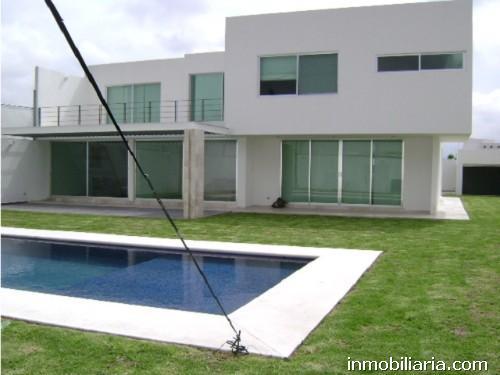 Pesos mexicanos casa en queretaro en renta casa for Casas en renta en queretaro