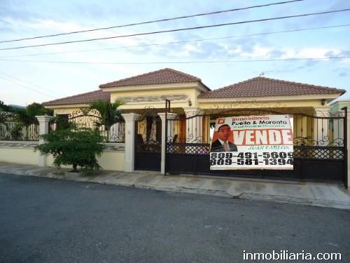 79 000 Dolares Casa En Santiago De Los Caballeros En Venta