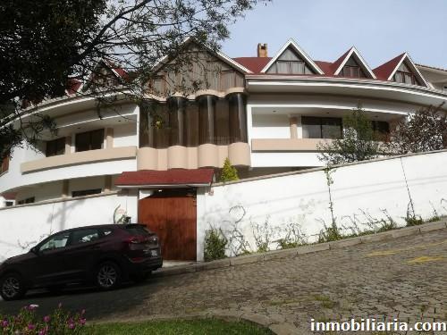 Fotos de casa en la paz capital en venta barrio for Casas minimalistas la paz bolivia